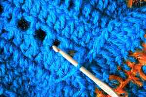 crochet-needle-and-handwork